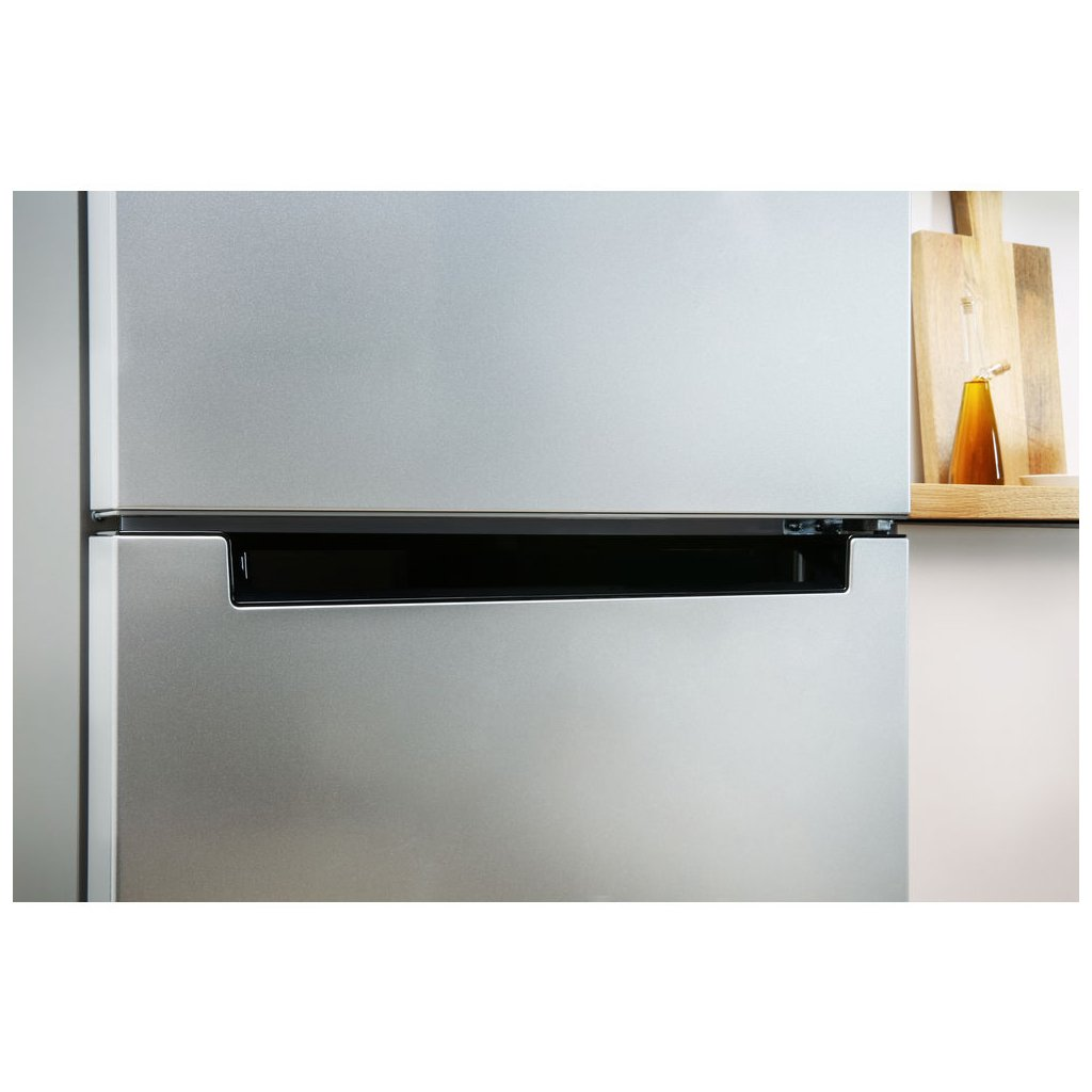 Холодильник Indesit DS4160S 2